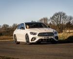 2021 Mercedes-Benz E 300 e Plug-In Hybrid (UK-Spec) Front Three-Quarter Wallpapers 150x120 (5)