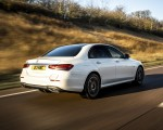 2021 Mercedes-Benz E 300 e Plug-In Hybrid (UK-Spec) Rear Three-Quarter Wallpapers 150x120 (29)