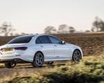 2021 Mercedes-Benz E 300 e Plug-In Hybrid (UK-Spec) Rear Three-Quarter Wallpapers 150x120 (21)