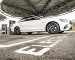 2021 Mercedes-Benz E 300 e Plug-In Hybrid (UK-Spec) Side Wallpapers 150x120 (47)