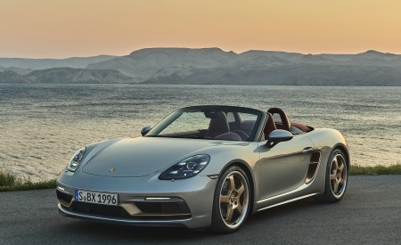 2021 Porsche 718 Boxster GTS 4.0 25 years Front Three-Quarter Wallpapers 450x275 (3)