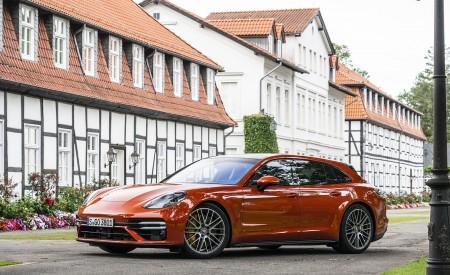 2021 Porsche Panamera Turbo S Sport Turismo (Color: Papaya Metallic) Front Three-Quarter Wallpapers 450x275 (41)