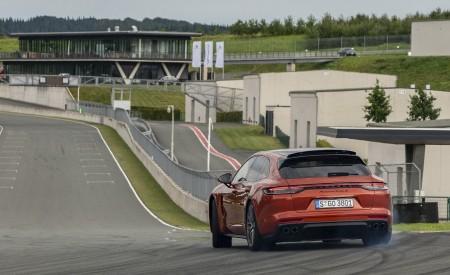 2021 Porsche Panamera Turbo S Sport Turismo (Color: Papaya Metallic) Rear Wallpapers 450x275 (34)
