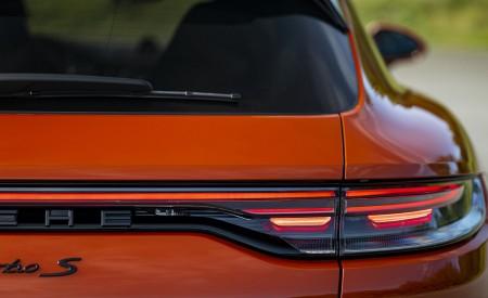 2021 Porsche Panamera Turbo S Sport Turismo (Color: Papaya Metallic) Tail Light Wallpapers  450x275 (55)
