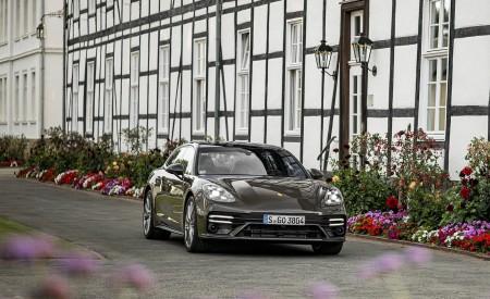 2021 Porsche Panamera Turbo S Sport Turismo (Color: Truffle Brown Metallic) Front Wallpapers 450x275 (90)