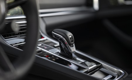 2021 Porsche Panamera Turbo S Sport Turismo (Color: Truffle Brown Metallic) Interior Detail Wallpapers 450x275 (110)