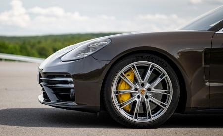 2021 Porsche Panamera Turbo S Sport Turismo (Color: Truffle Brown Metallic) Wheel Wallpapers 450x275 (101)