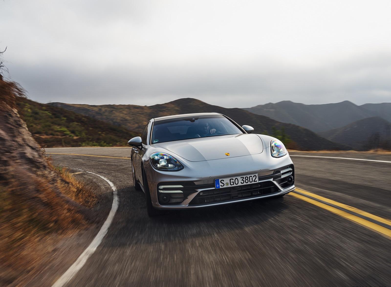 2021 Porsche Panamera Turbo S Sport Turismo (US-Spec; Color: GT Silver Metallic) Front Wallpapers (4)