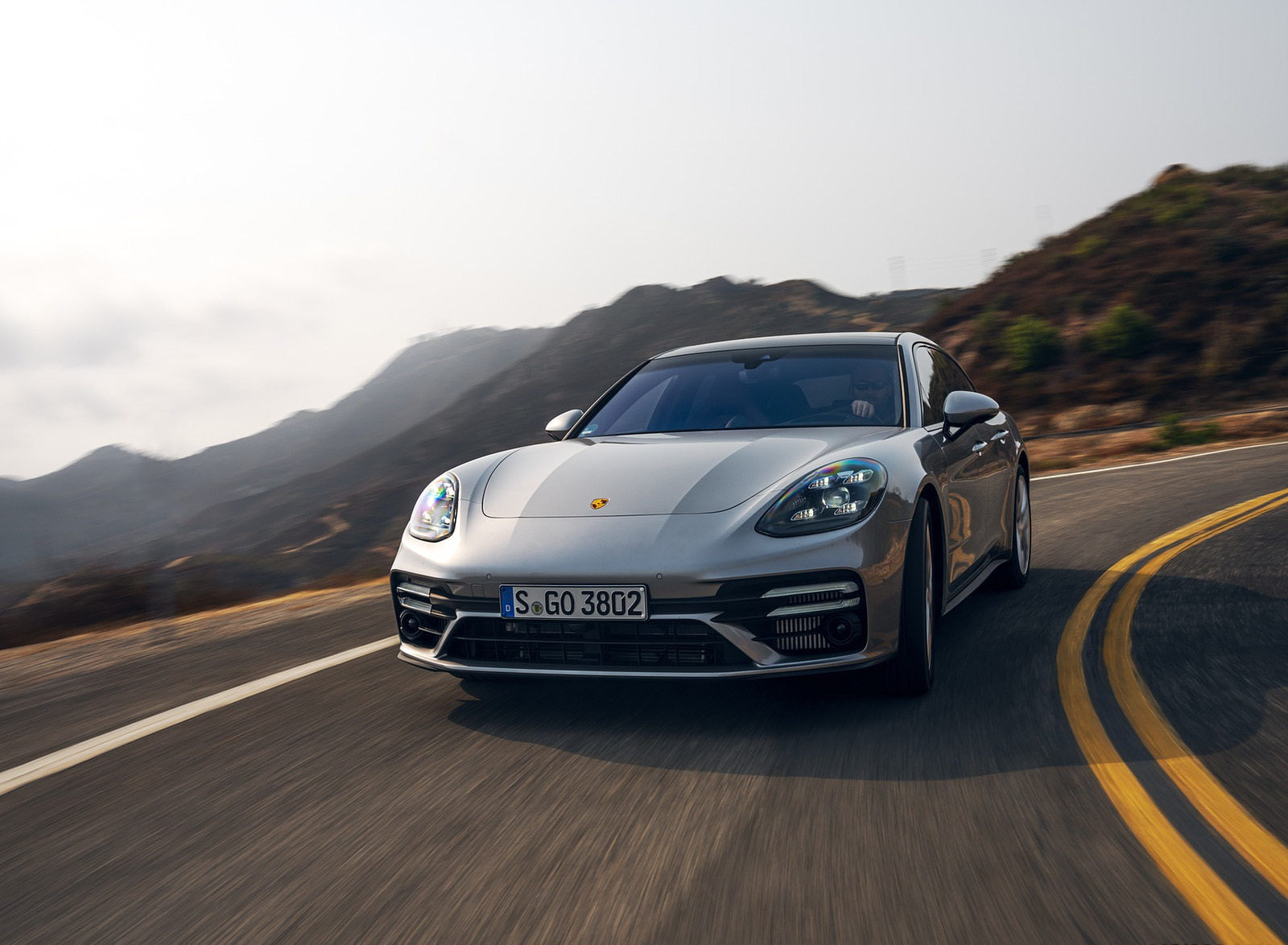 2021 Porsche Panamera Turbo S Sport Turismo (US-Spec; Color: GT Silver Metallic) Front Wallpapers (1)