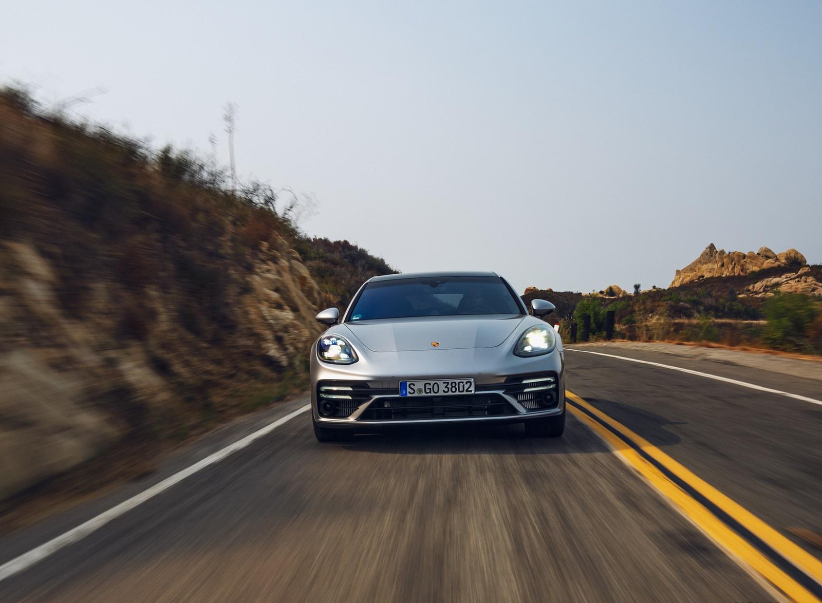 2021 Porsche Panamera Turbo S Sport Turismo (US-Spec; Color: GT Silver Metallic) Front Wallpapers (5)