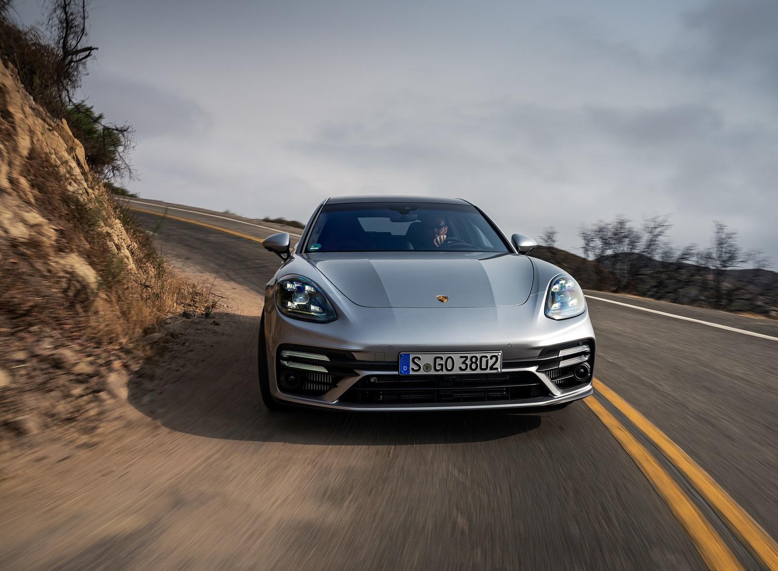 2021 Porsche Panamera Turbo S Sport Turismo (US-Spec; Color: GT Silver Metallic) Front Wallpapers (7)