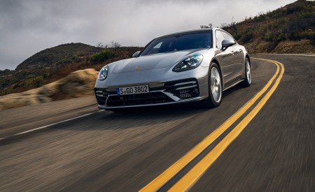 2021 Porsche Panamera Turbo S Sport Turismo (US-Spec; Color: GT Silver Metallic) Front Wallpapers  450x275 (8)