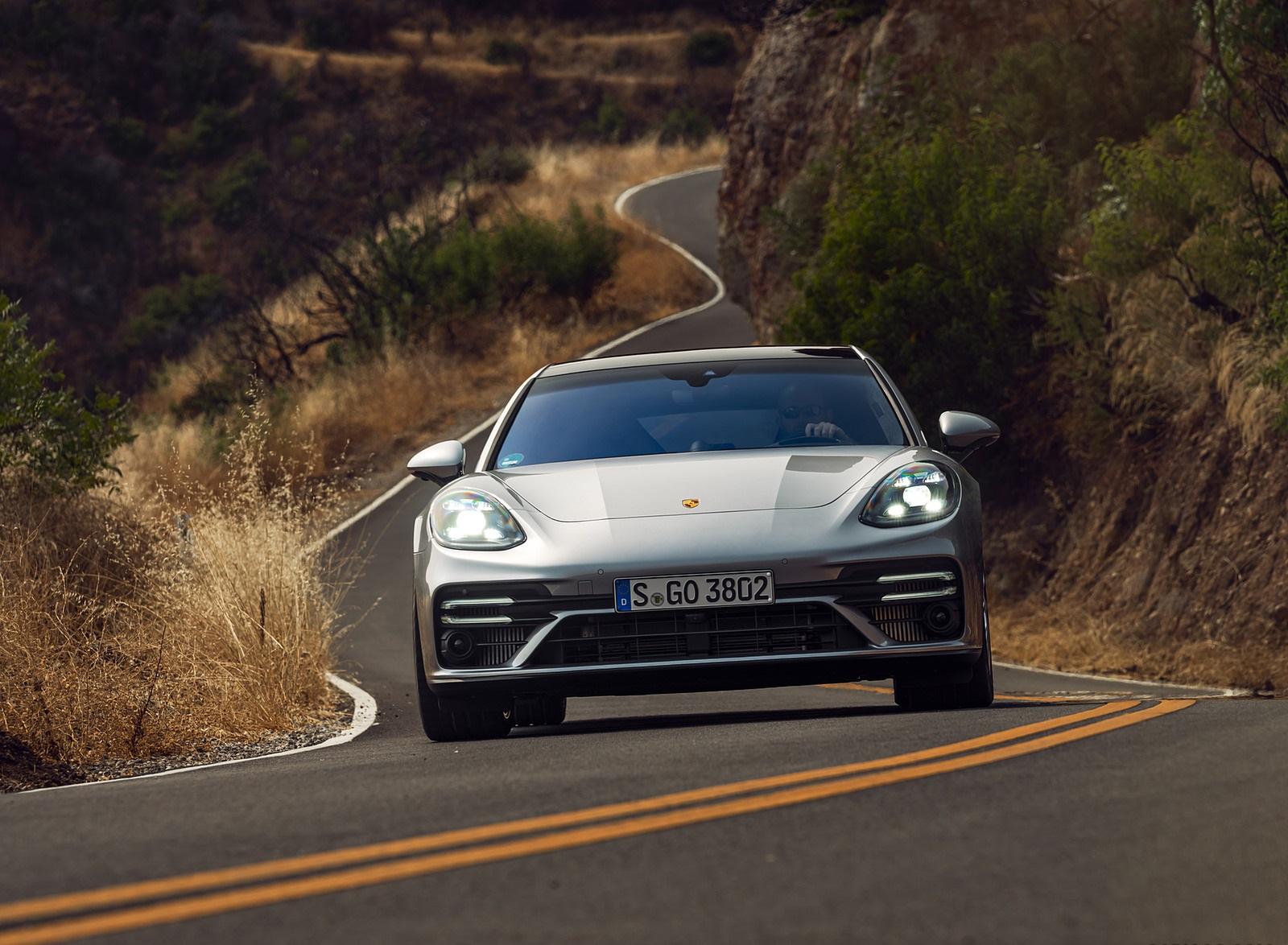2021 Porsche Panamera Turbo S Sport Turismo (US-Spec; Color: GT Silver Metallic) Front Wallpapers (10)