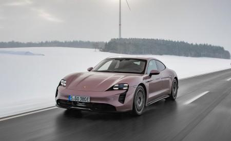 2021 Porsche Taycan (Color: Frozen Berry Metallic) Front Three-Quarter Wallpapers 450x275 (148)