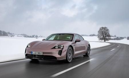 2021 Porsche Taycan (Color: Frozen Berry Metallic) Front Three-Quarter Wallpapers 450x275 (162)