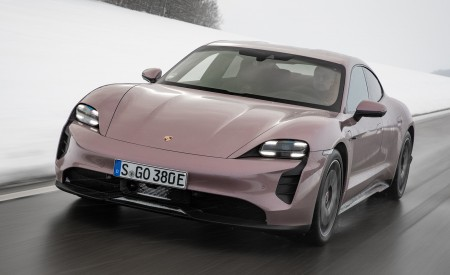 2021 Porsche Taycan (Color: Frozen Berry Metallic) Front Wallpapers 450x275 (150)