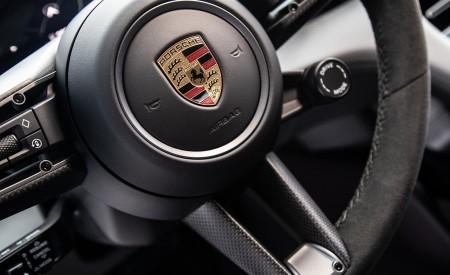 2021 Porsche Taycan (Color: Frozen Berry Metallic) Interior Steering Wheel Wallpapers 450x275 (193)