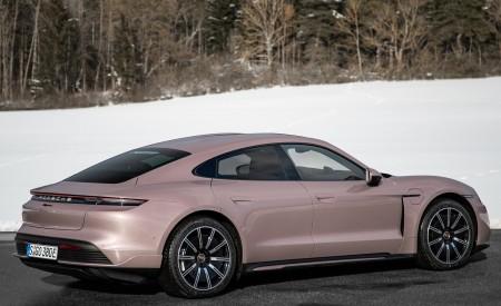 2021 Porsche Taycan (Color: Frozen Berry Metallic) Rear Three-Quarter Wallpapers 450x275 (175)