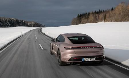 2021 Porsche Taycan (Color: Frozen Berry Metallic) Rear Wallpapers 450x275 (155)