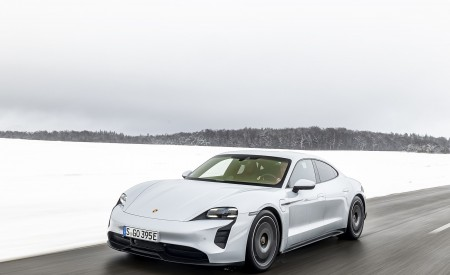2021 Porsche Taycan (Color: Ice Grey Metallic) Front Three-Quarter Wallpapers 450x275 (56)