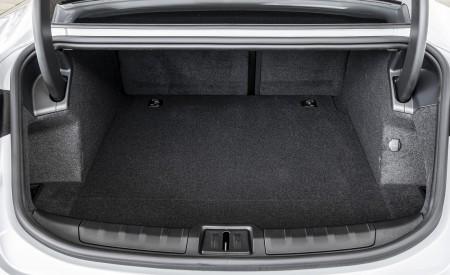 2021 Porsche Taycan (Color: Ice Grey Metallic) Trunk Wallpapers 450x275 (92)