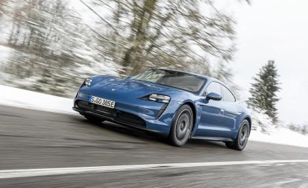 2021 Porsche Taycan (Color: Neptune Blue) Front Three-Quarter Wallpapers 450x275 (18)