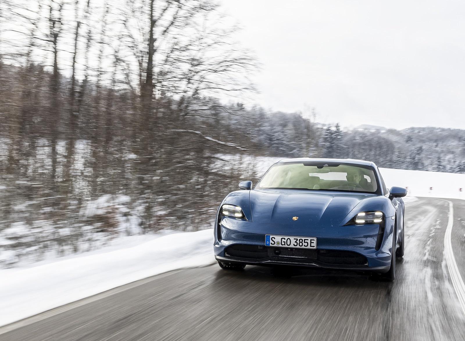 2021 Porsche Taycan (Color: Neptune Blue) Front Wallpapers (2)