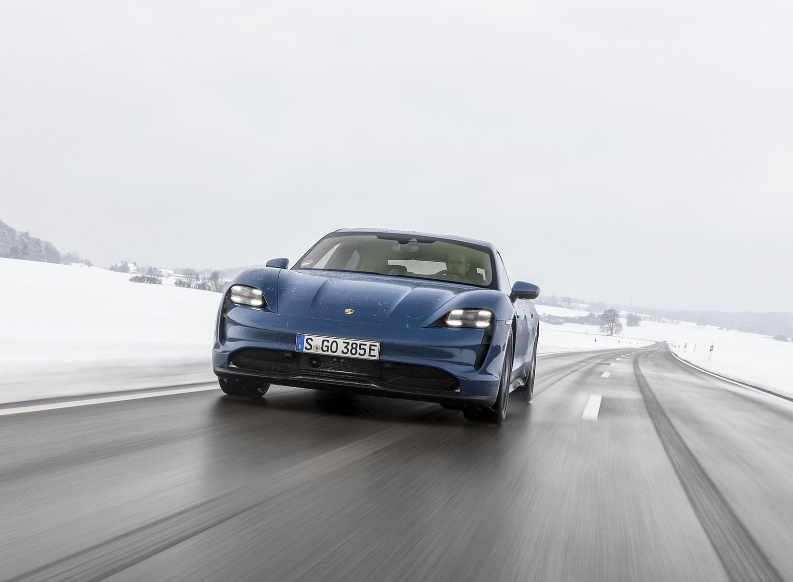 2021 Porsche Taycan (Color: Neptune Blue) Front Wallpapers (6)