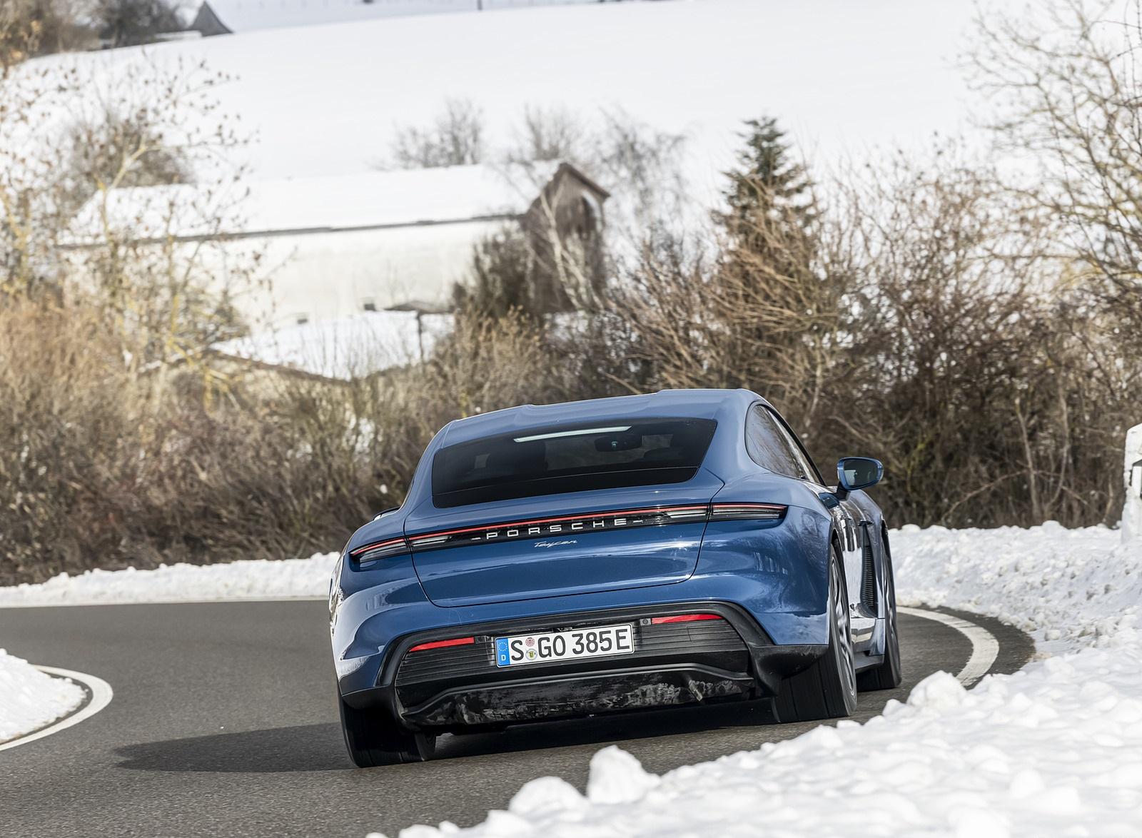2021 Porsche Taycan (Color: Neptune Blue) Rear Wallpapers (8)