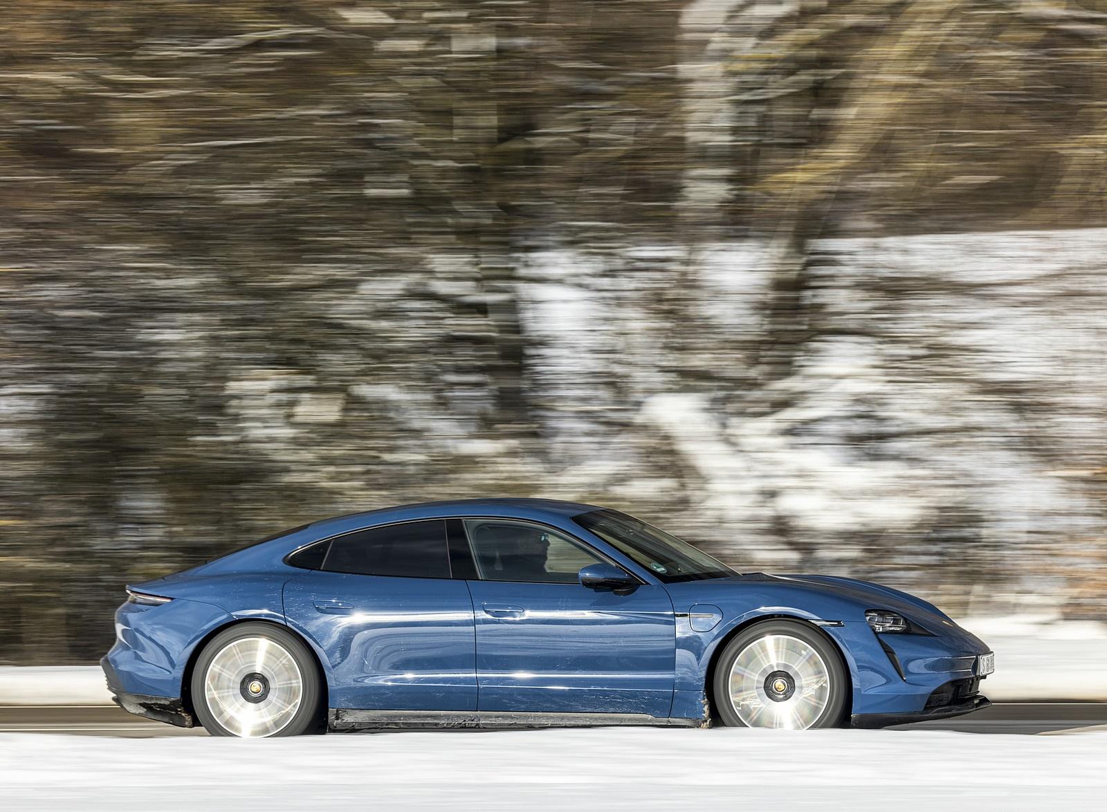 2021 Porsche Taycan (Color: Neptune Blue) Side Wallpapers (9)