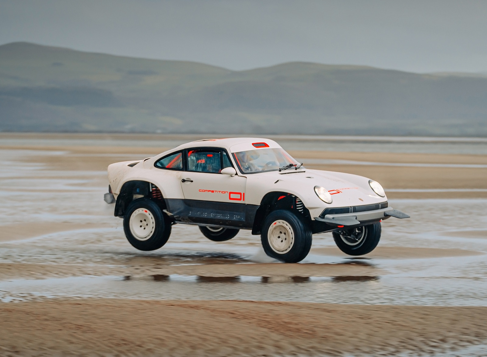 2021 Singer Porsche 911 All-terrain Competition Study Off-Road Wallpapers (8)