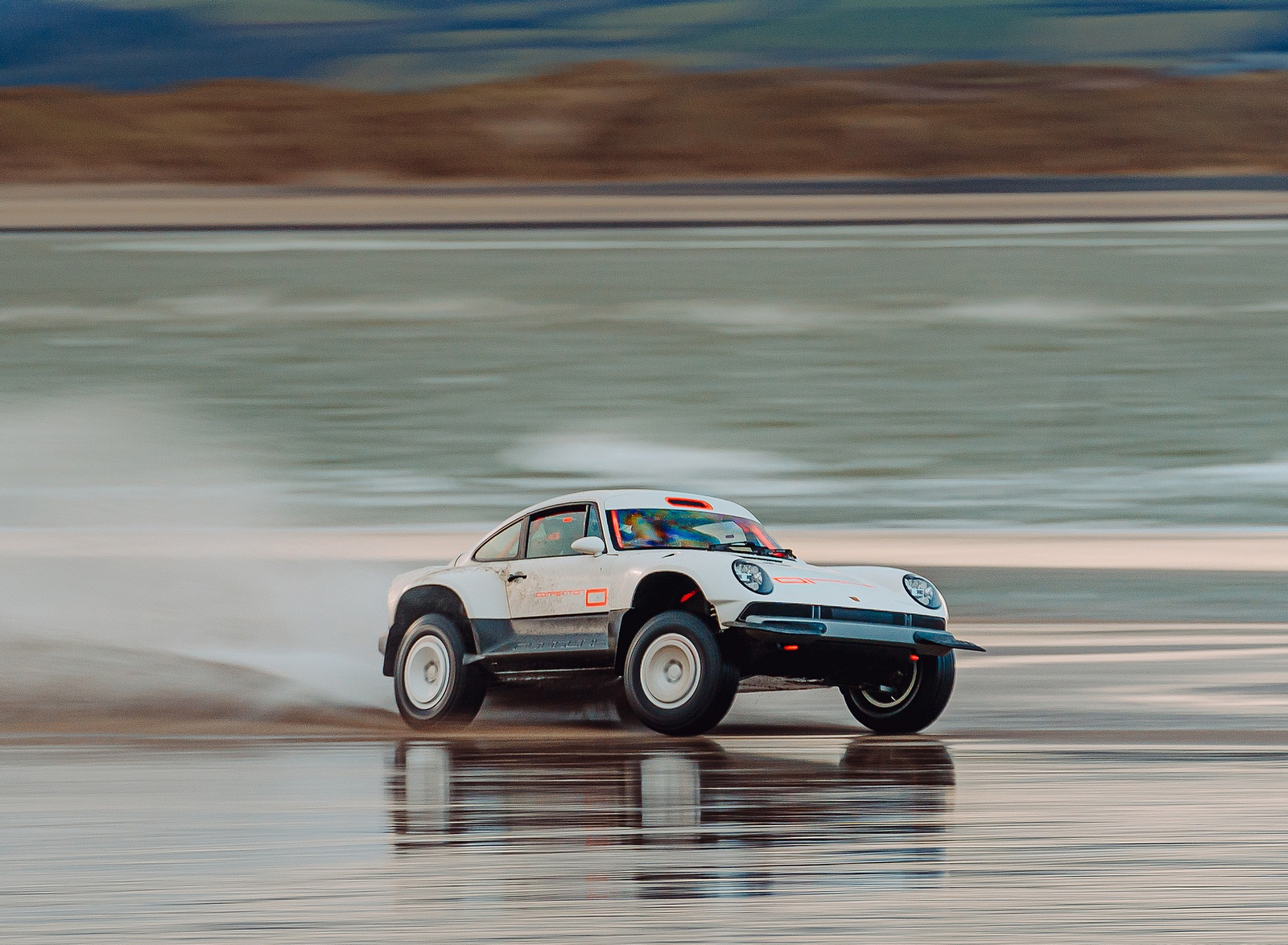 2021 Singer Porsche 911 All-terrain Competition Study Off-Road Wallpapers (7)