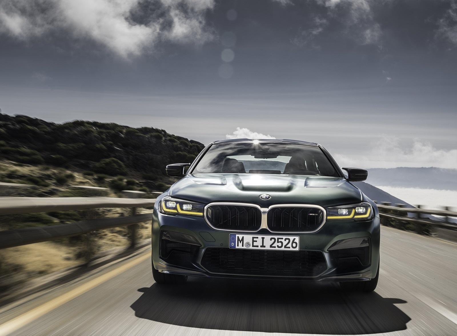 2022 BMW M5 CS Front Wallpapers  (10)