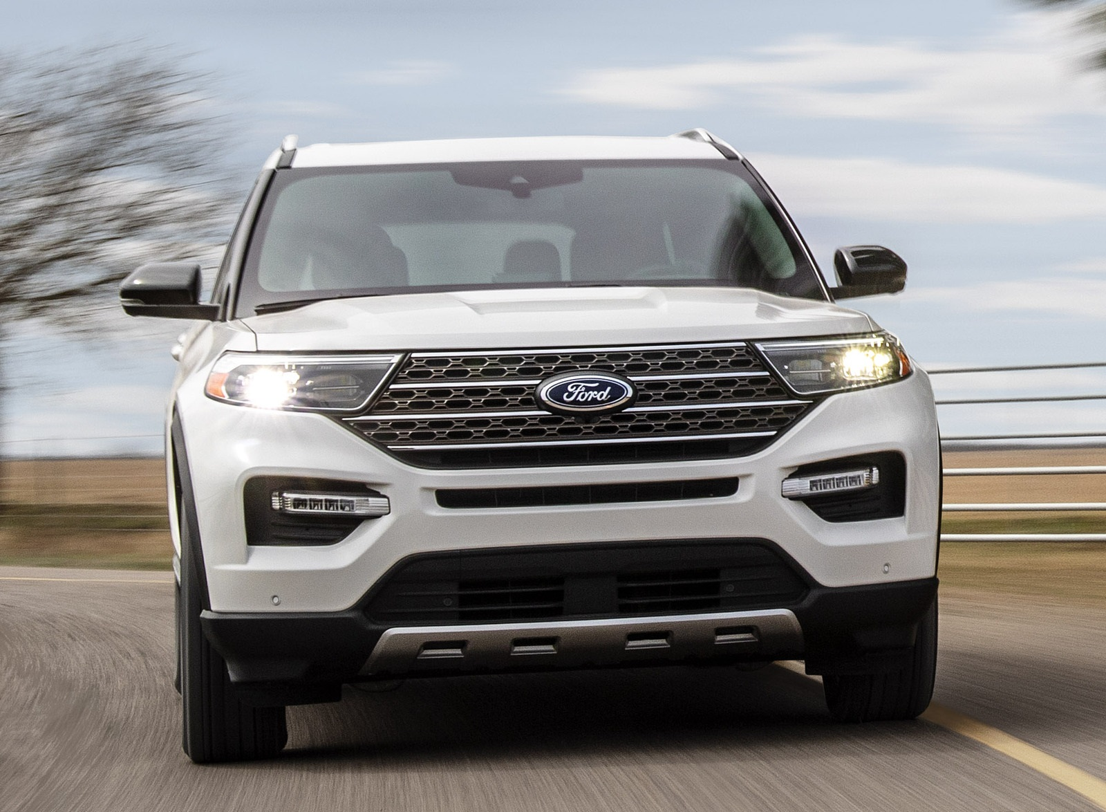 2021 Ford Explorer King Ranch Front Wallpapers  (2)