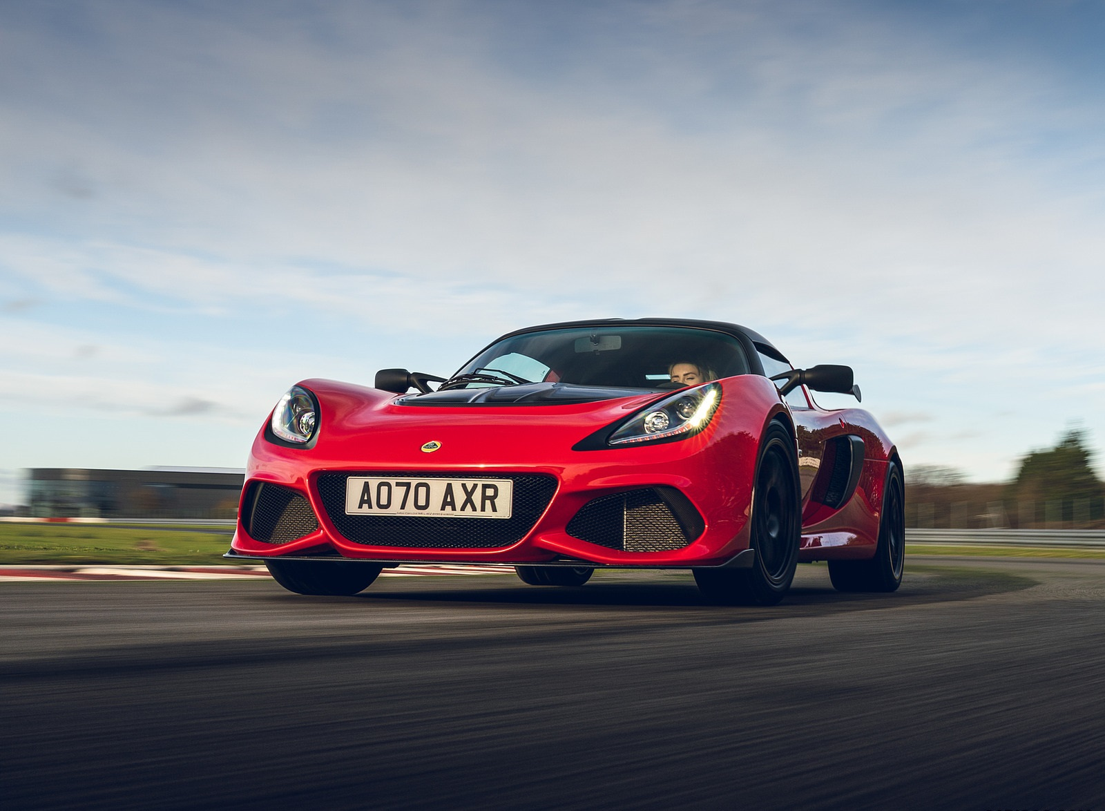 2021 Lotus Exige Sport 420 Final Edition Front Three-Quarter Wallpapers (1)