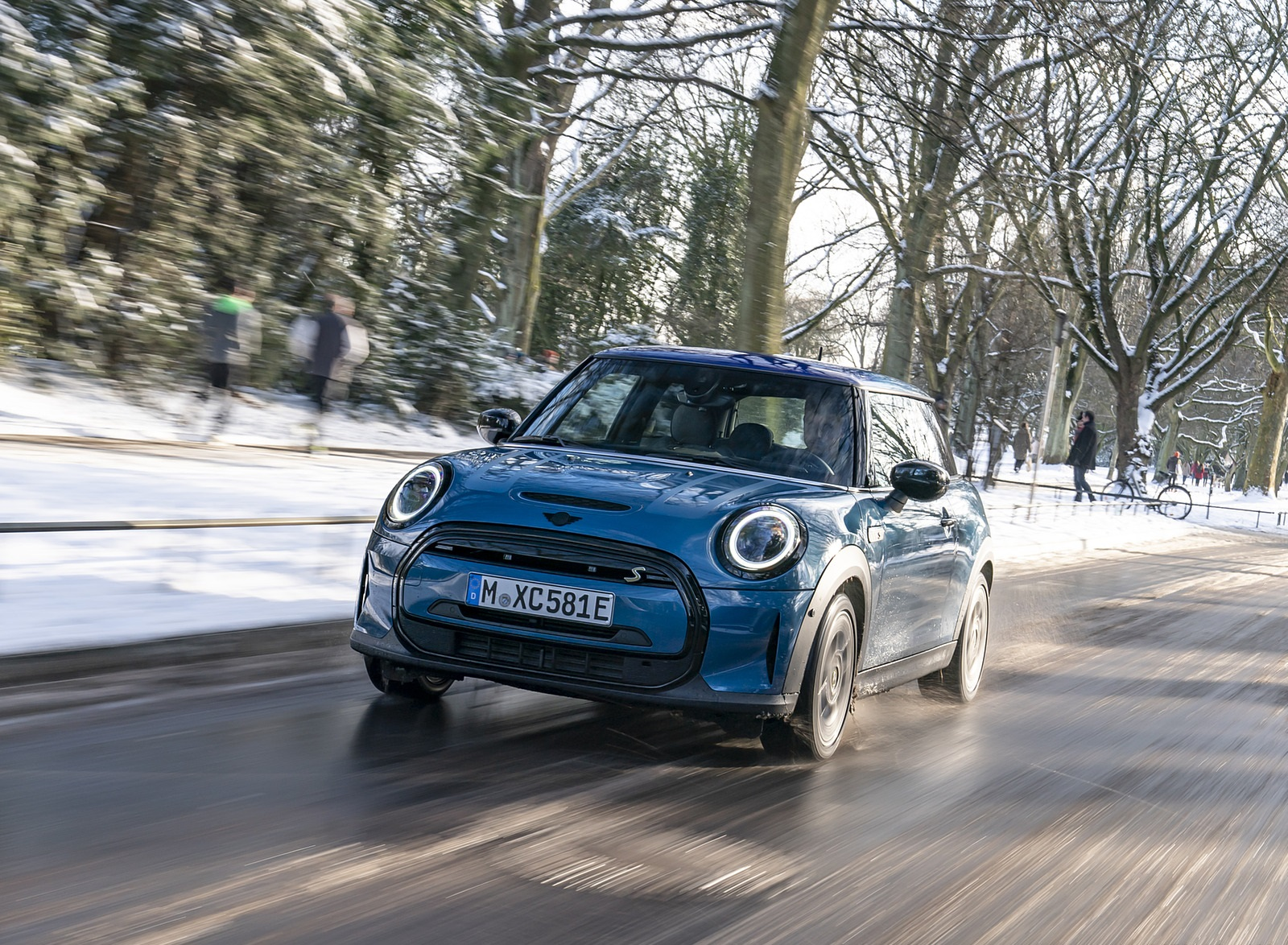 2021 MINI Cooper SE Electric Front Wallpapers (9)