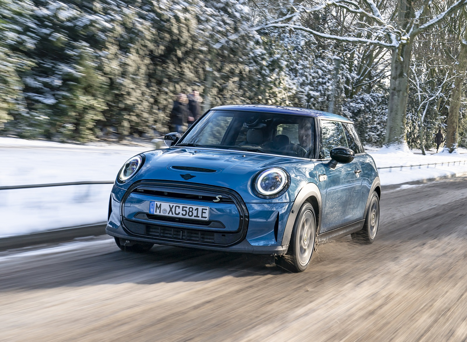 2021 MINI Cooper SE Electric Front Wallpapers (10)