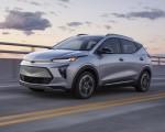 2022 Chevrolet Bolt EUV Front Three-Quarter Wallpapers  150x120 (2)
