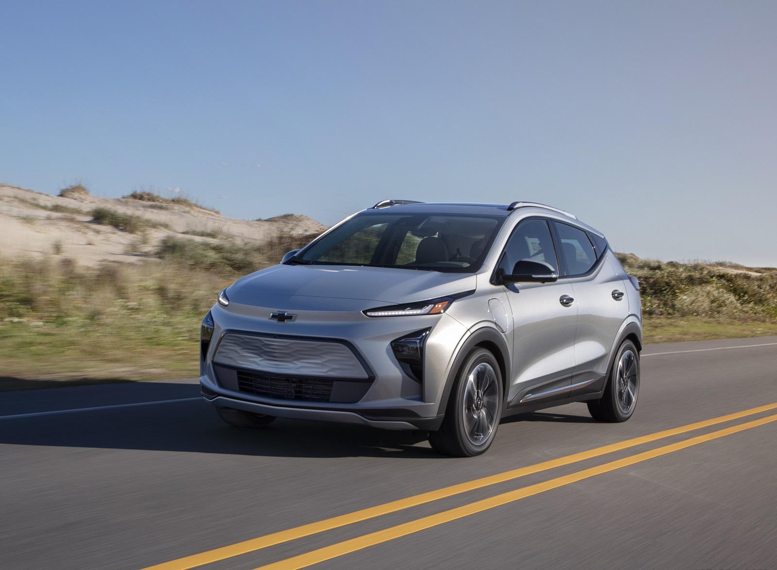 2022 Chevrolet Bolt EUV Front Three-Quarter Wallpapers (3)
