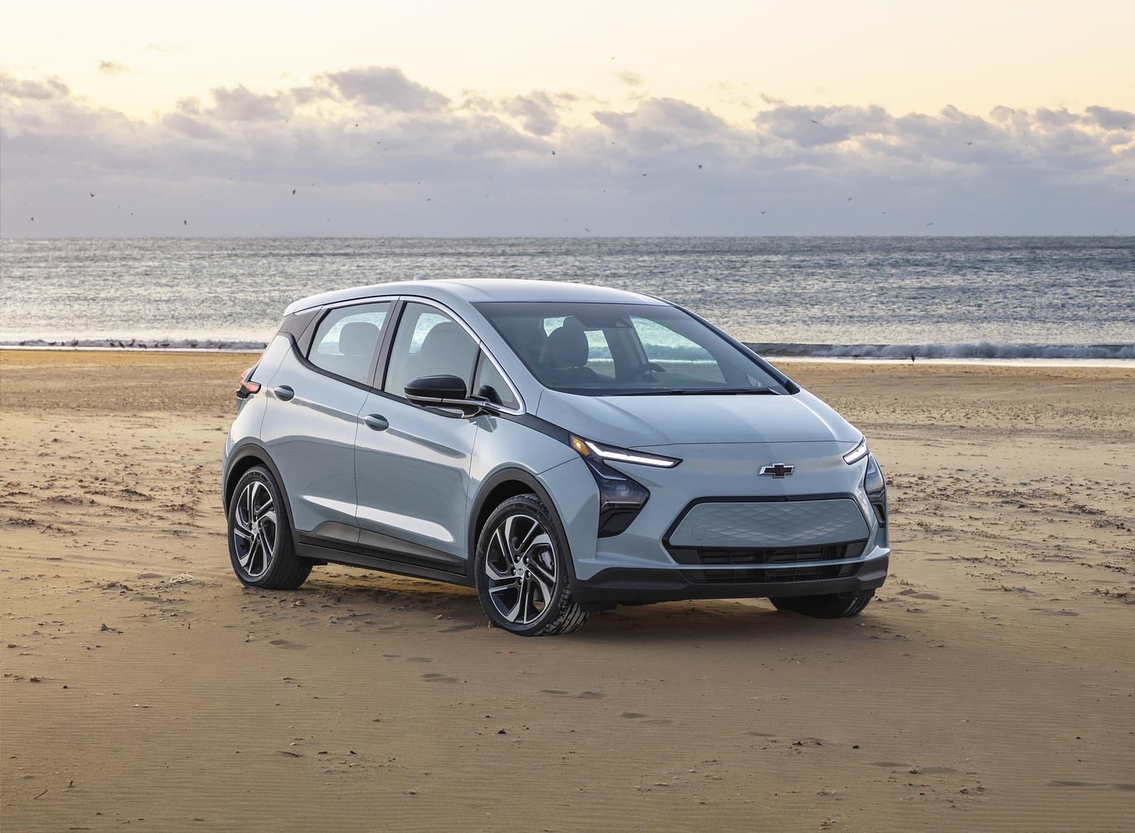 2022 Chevrolet Bolt EV Front Three-Quarter Wallpapers  (4)