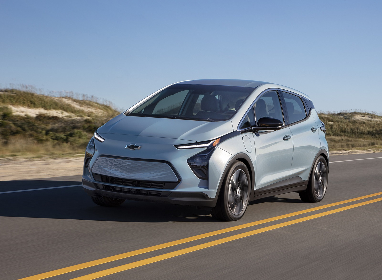 2022 Chevrolet Bolt EV Front Three-Quarter Wallpapers  (1)