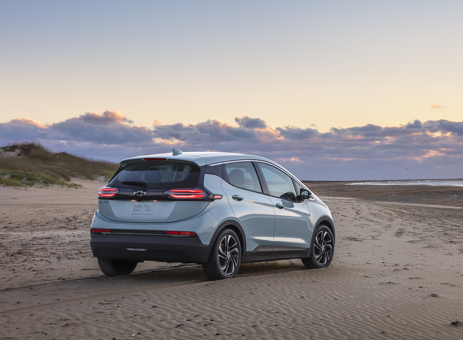 2022 Chevrolet Bolt EV Rear Three-Quarter Wallpapers (7)