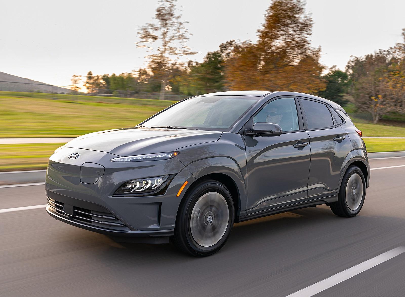 2022 Hyundai Kona Electric Front Three-Quarter Wallpapers  (2)