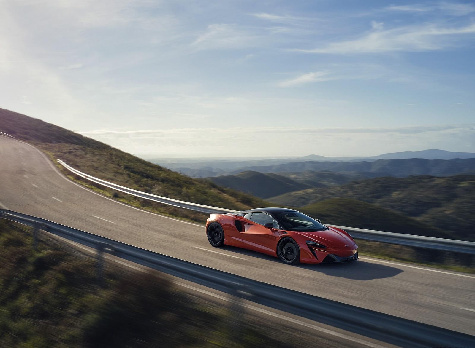 2022 McLaren Artura Front Three-Quarter Wallpapers (7)