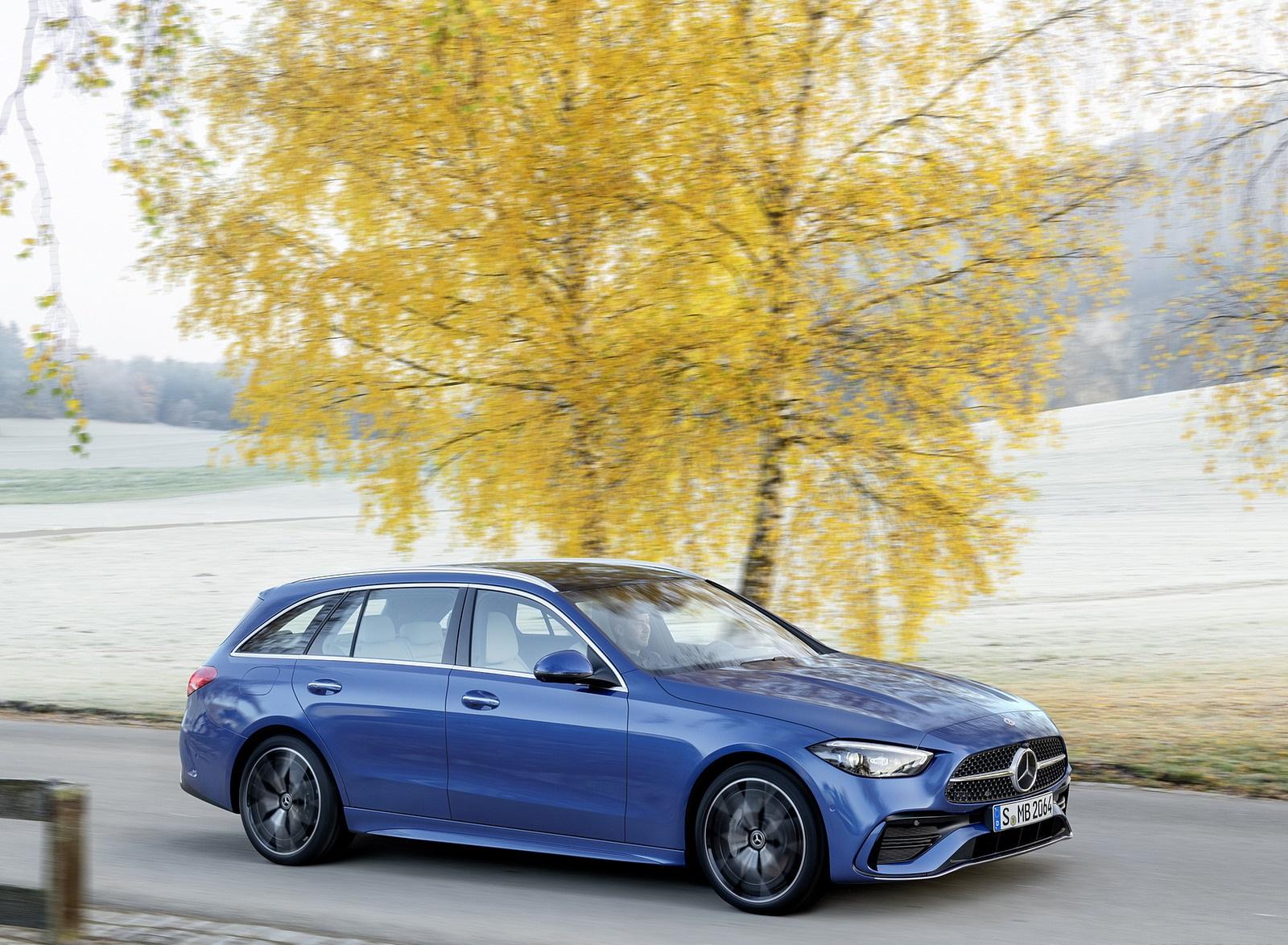 2022 Mercedes-Benz C-Class Wagon T-Model (Color: Spectral Blue) Front Three-Quarter Wallpapers (7)