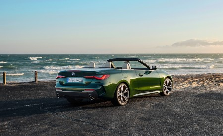 2021 BMW 4 Series Convertible Rear Three-Quarter Wallpapers 450x275 (90)