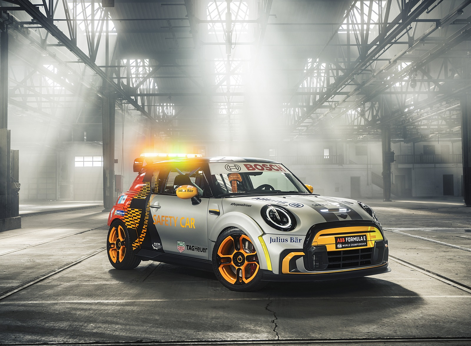 2021 MINI Electric Pacesetter Front Three-Quarter Wallpapers (10)