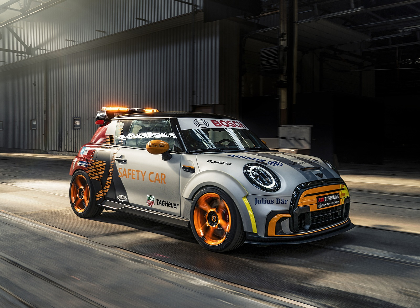 2021 MINI Electric Pacesetter Front Three-Quarter Wallpapers (1)