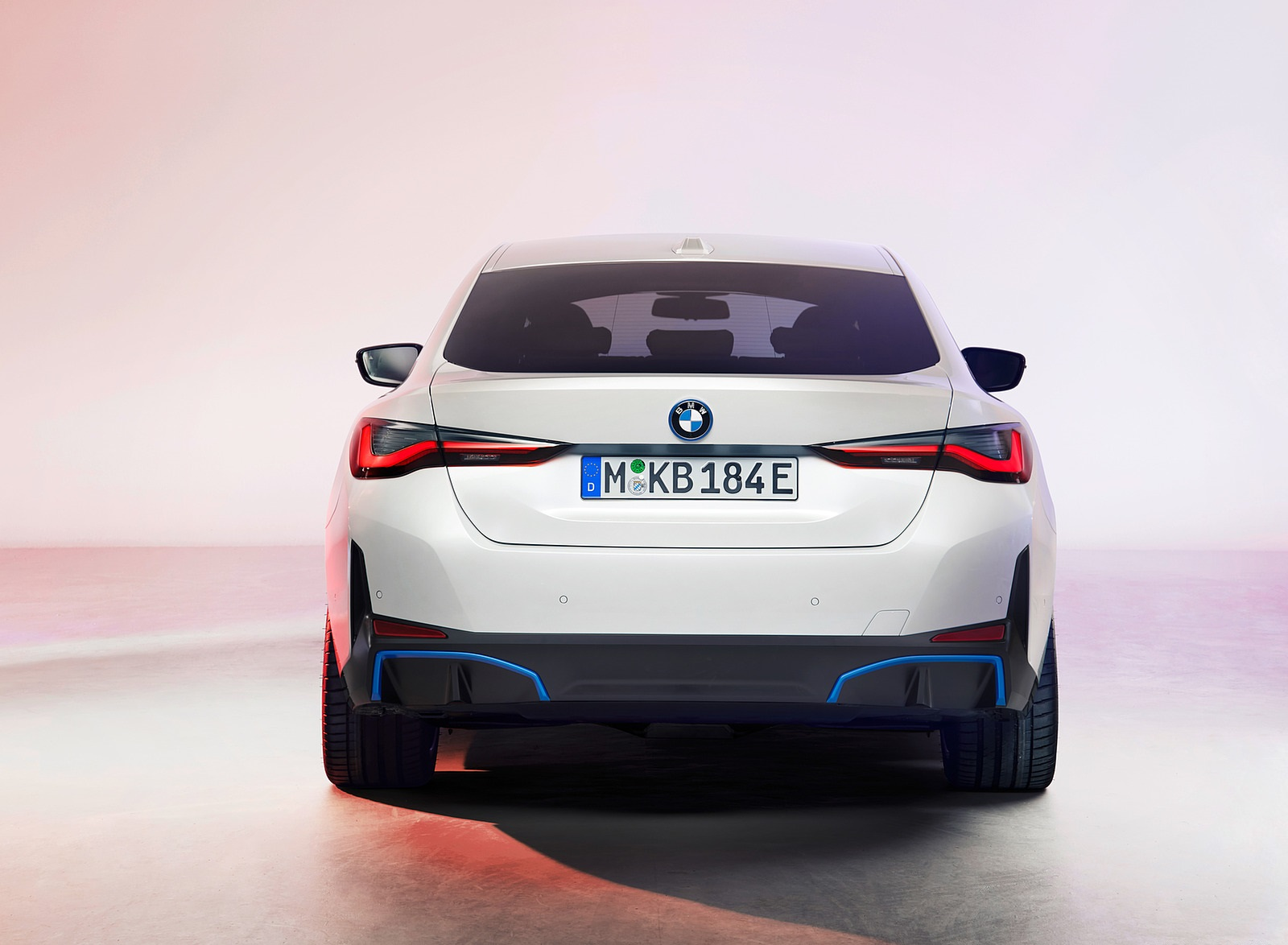 2022 BMW i4 Rear Wallpapers (6)