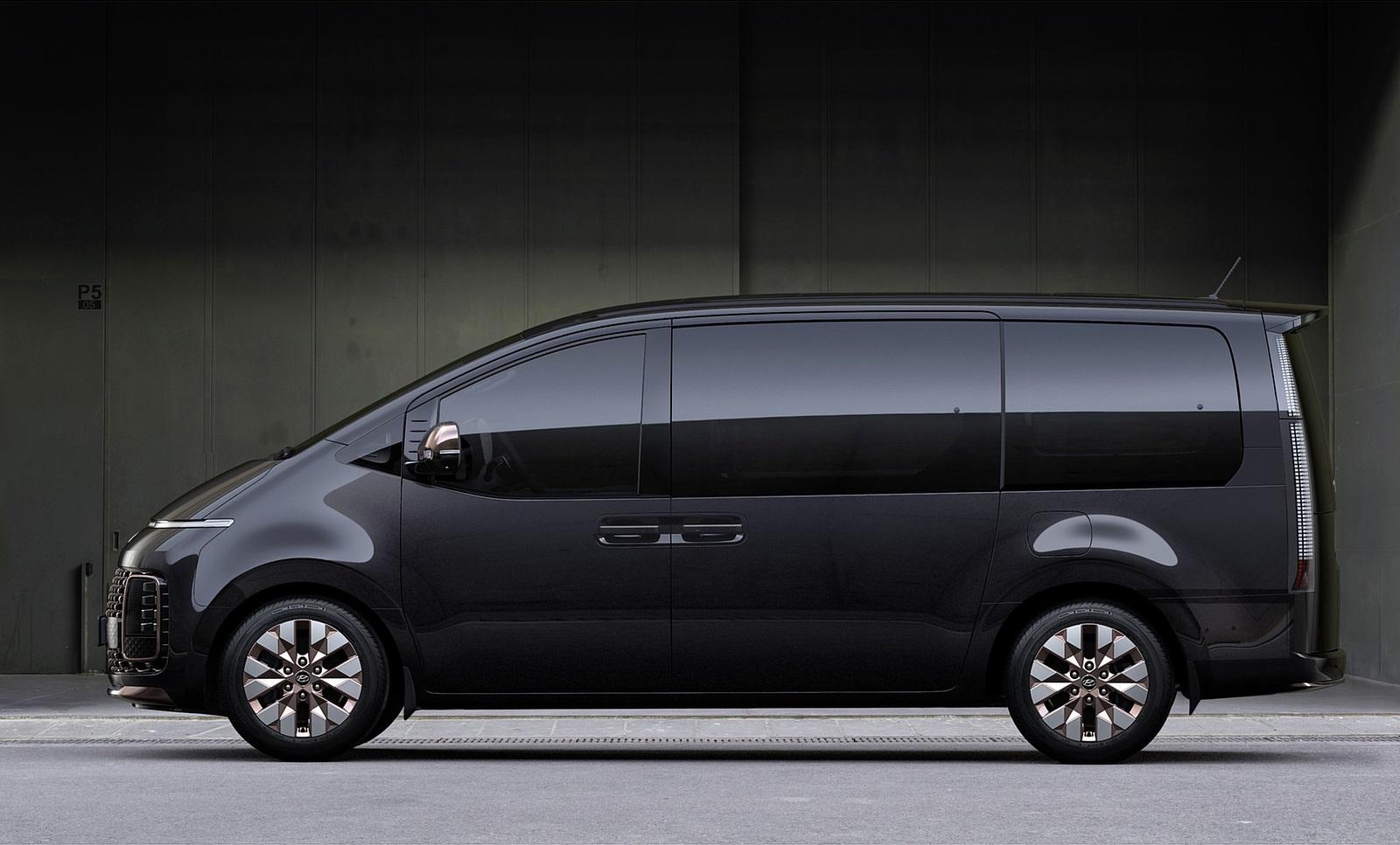 2022 Hyundai Staria Side Wallpapers (6)